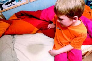 энурез у ребенка