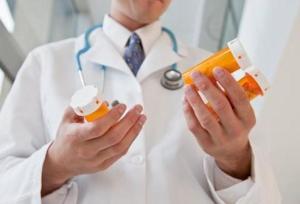 Чем лечить недуг, в каких случаях лекарственная терапия не требуется