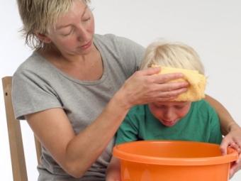 Как в домашних условиях остановить рвоту у ребенка